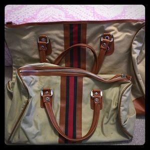 Handbags - Vintage Overnight set